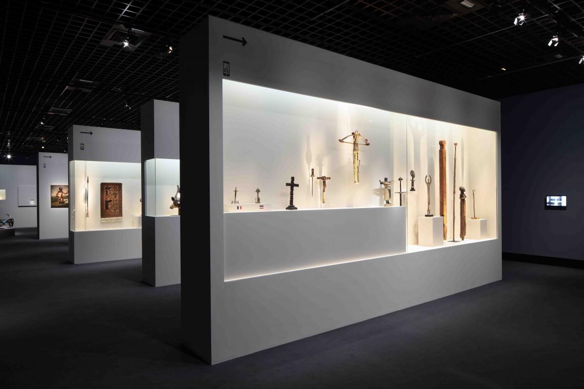Hugues fontenas architectes sc nographie de l exposition for Architecte grand palais